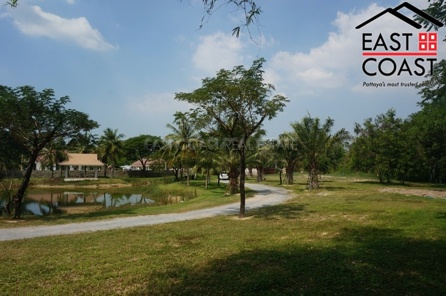Huay Yai with Private Lake 5