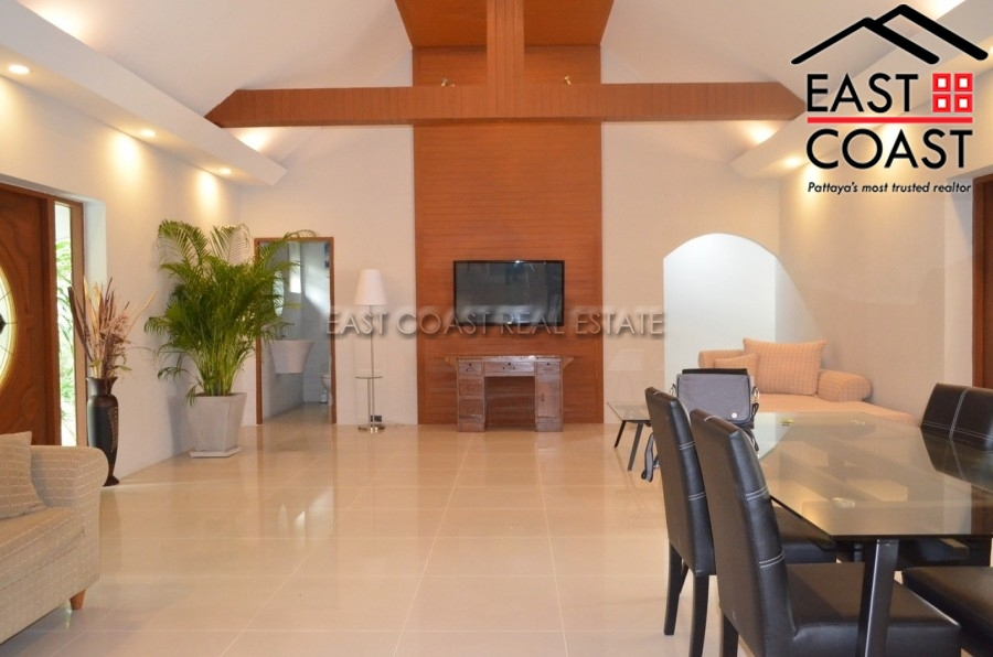 Private House For Sale & For Rent in East  9
