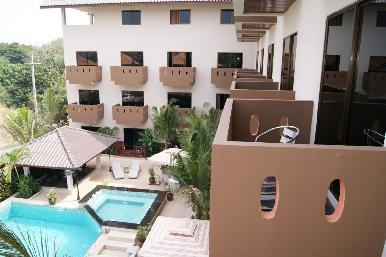 Cocco Hotel 8