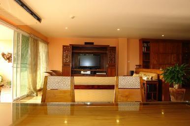 Executive Residence 4 3