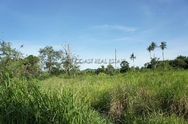 15 Rai land plot in Bang Saray 6