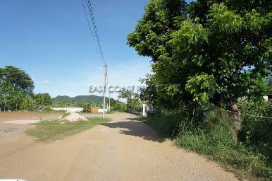 15 Rai land plot in Bang Saray 10