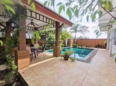 Baan Dusit Pattaya Park 11