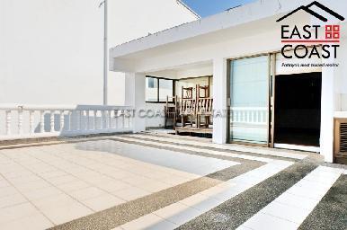 Beach House 40