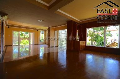 Large Pool Villa in Central Pattaya 17