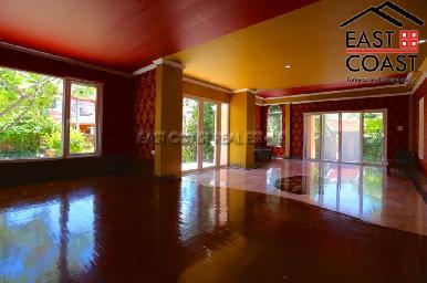 Large Pool Villa in Central Pattaya 29
