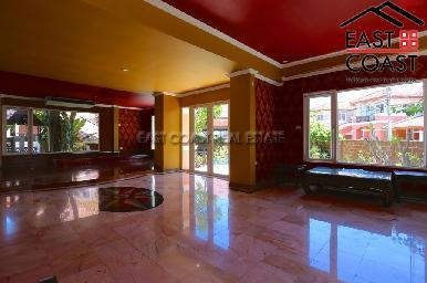 Large Pool Villa in Central Pattaya 30