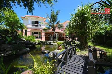 Large Pool Villa in Central Pattaya 6