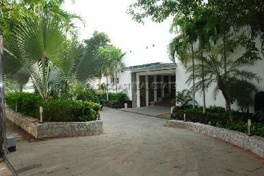 Cosy Beach Mansion 37