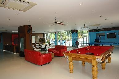 Cosy Beach Mansion 28