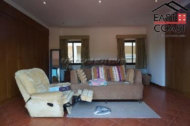 Cosy Beach Villa 23