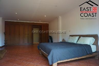 Cosy Beach Villa 30