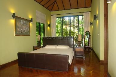 Garden Villa  9