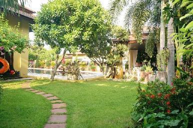 Grand Garden Home 13