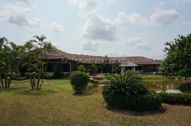 Huay Yai Manor House 4