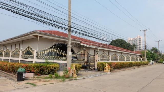 Jomtien Condotel Village