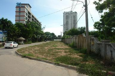 Land with building permits for condominium project 12