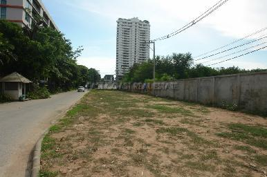 Land with building permits for condominium project 11