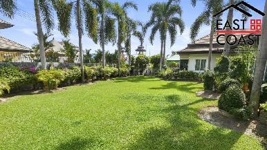 Luxury pool villa 22