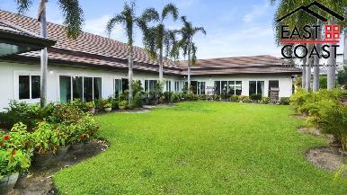 Luxury pool villa 24