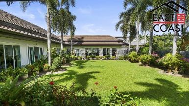Luxury pool villa 27