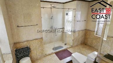 Luxury pool villa 15