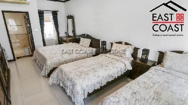Luxury pool villa 14