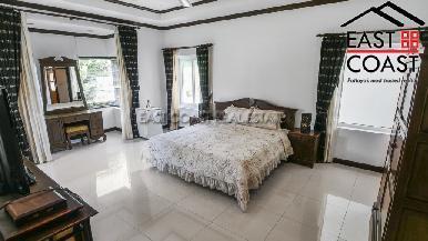 Luxury pool villa 30