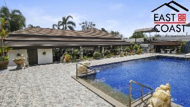 Luxury pool villa 1