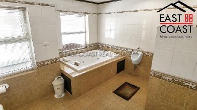 Luxury pool villa 34