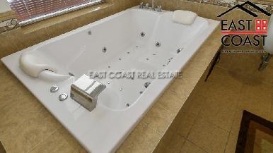 Luxury pool villa 35