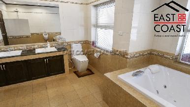 Luxury pool villa 36