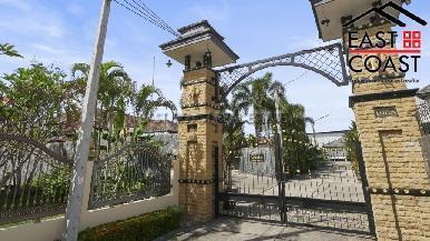 Luxury pool villa 53