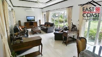 Luxury pool villa 7