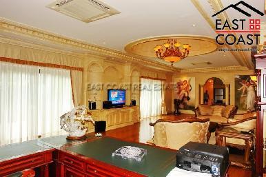 Majestic Residence 9
