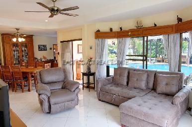 Nongplalai Pool Villa 4