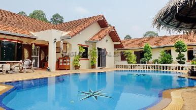 Nongplalai Pool Villa 1