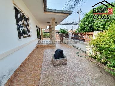 Pattaya Tropical Village 20