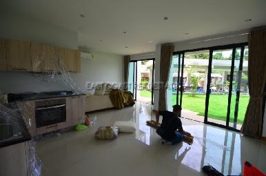 Sunrise Villa Resort  10