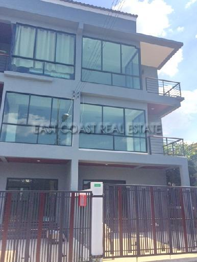 Phothisan Town Home 1