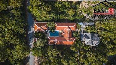Pratumnak Pool Villa 23