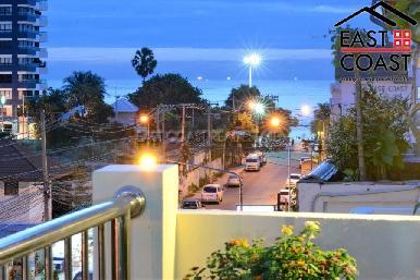 Pratumnak Town house  2