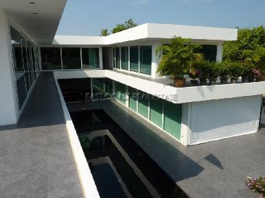 Pratumnak Villa 11