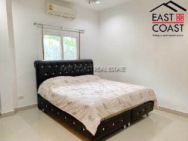 Private House At Soi Thung Klom Tan man 13