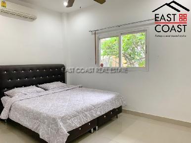 Private House At Soi Thung Klom Tan man 17