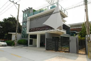 Private House at Jomtien 2