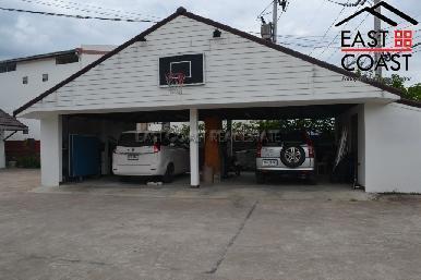Private House in Soi Wat Yan 23