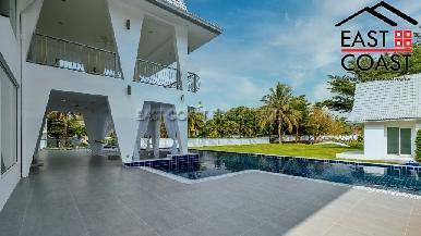 Private Pool Villa in Pong 43
