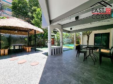 Private Pool Villa in Soi Naklua 16 24
