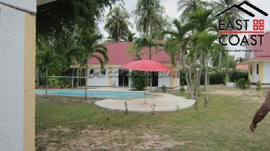 Private house at Mabprachan Lake  11